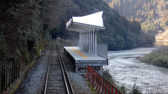 9. Train stop for admiring the scenery